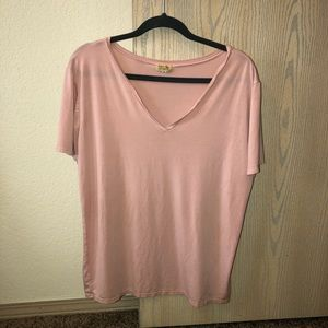 Light pink Piko tee shirt